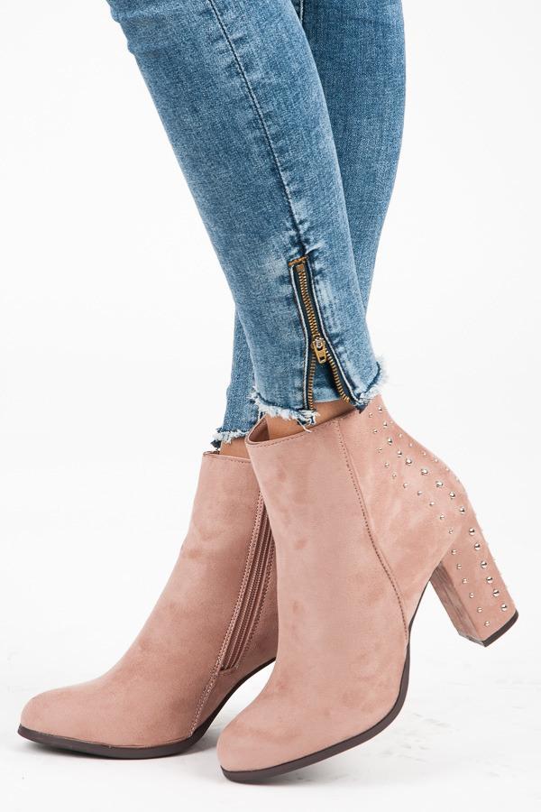 249816e83a Štýlové ružové jesenné členkové topánky na stĺpiku