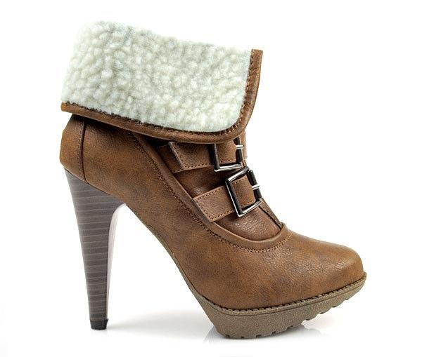Teplúčke hnedé členkové topánky